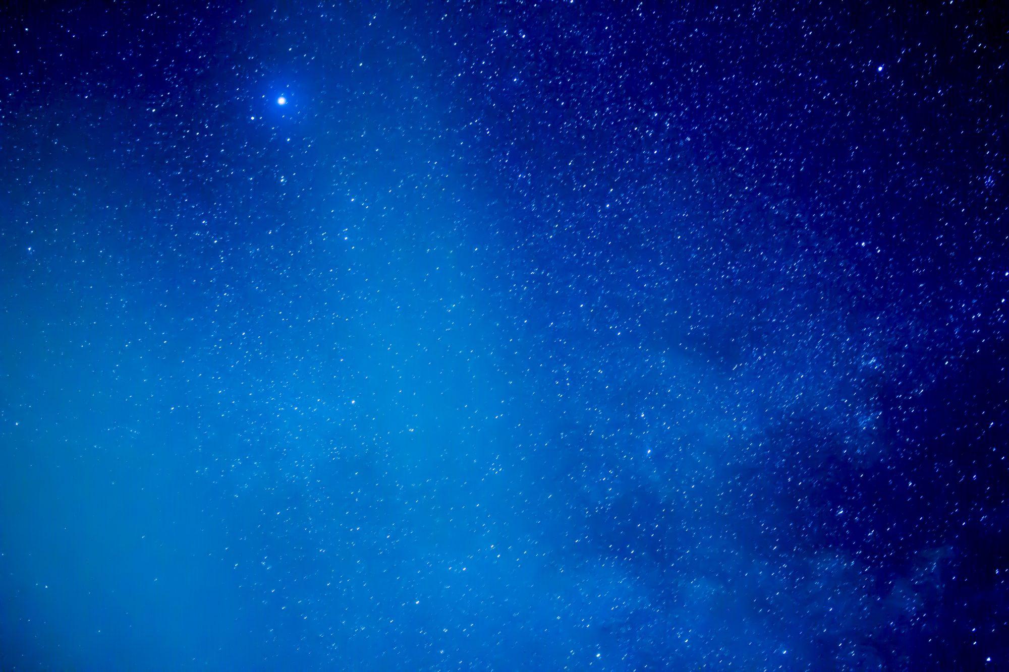 スイス・クライネシャイデックの夜空