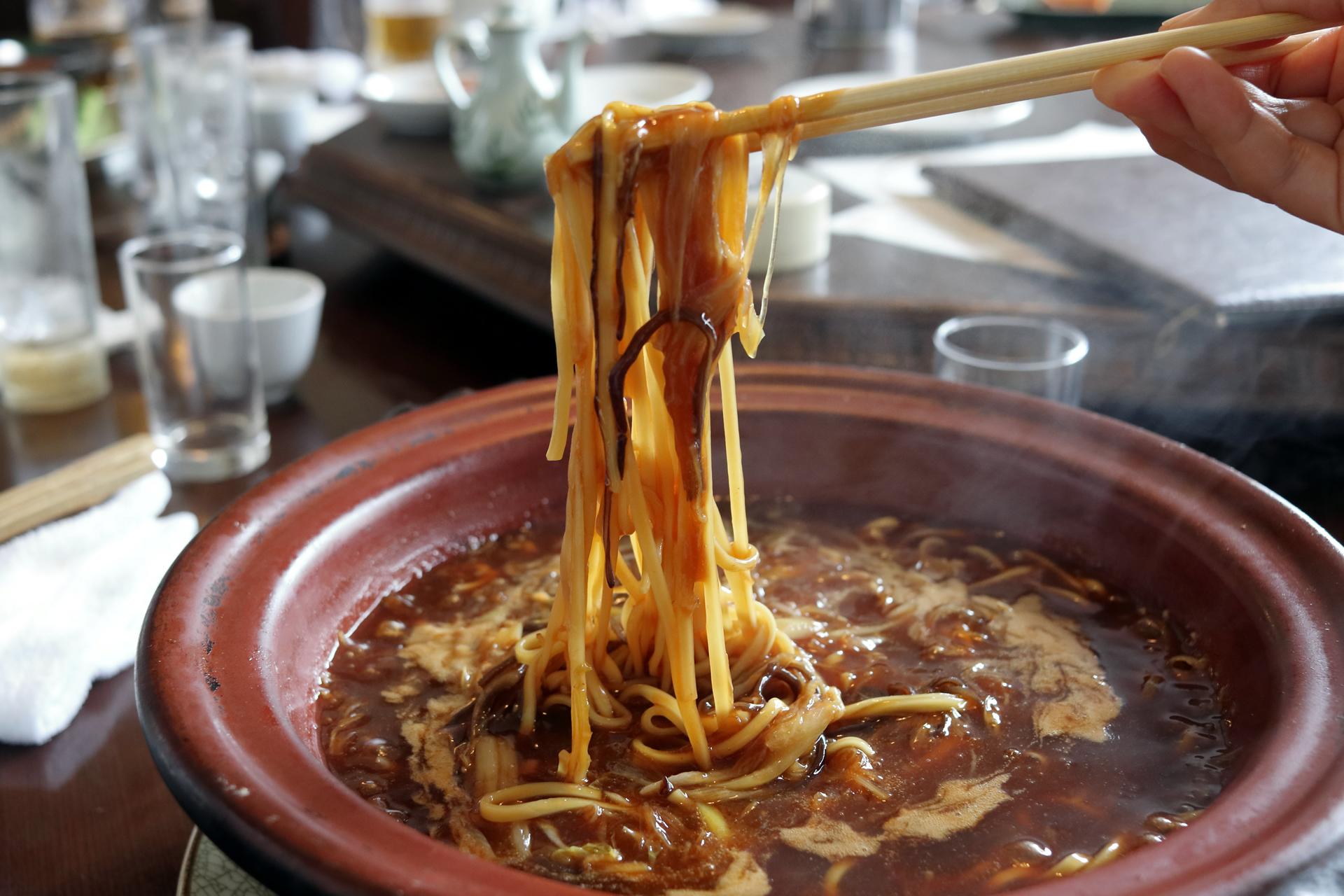 ふかひれ土鍋麺