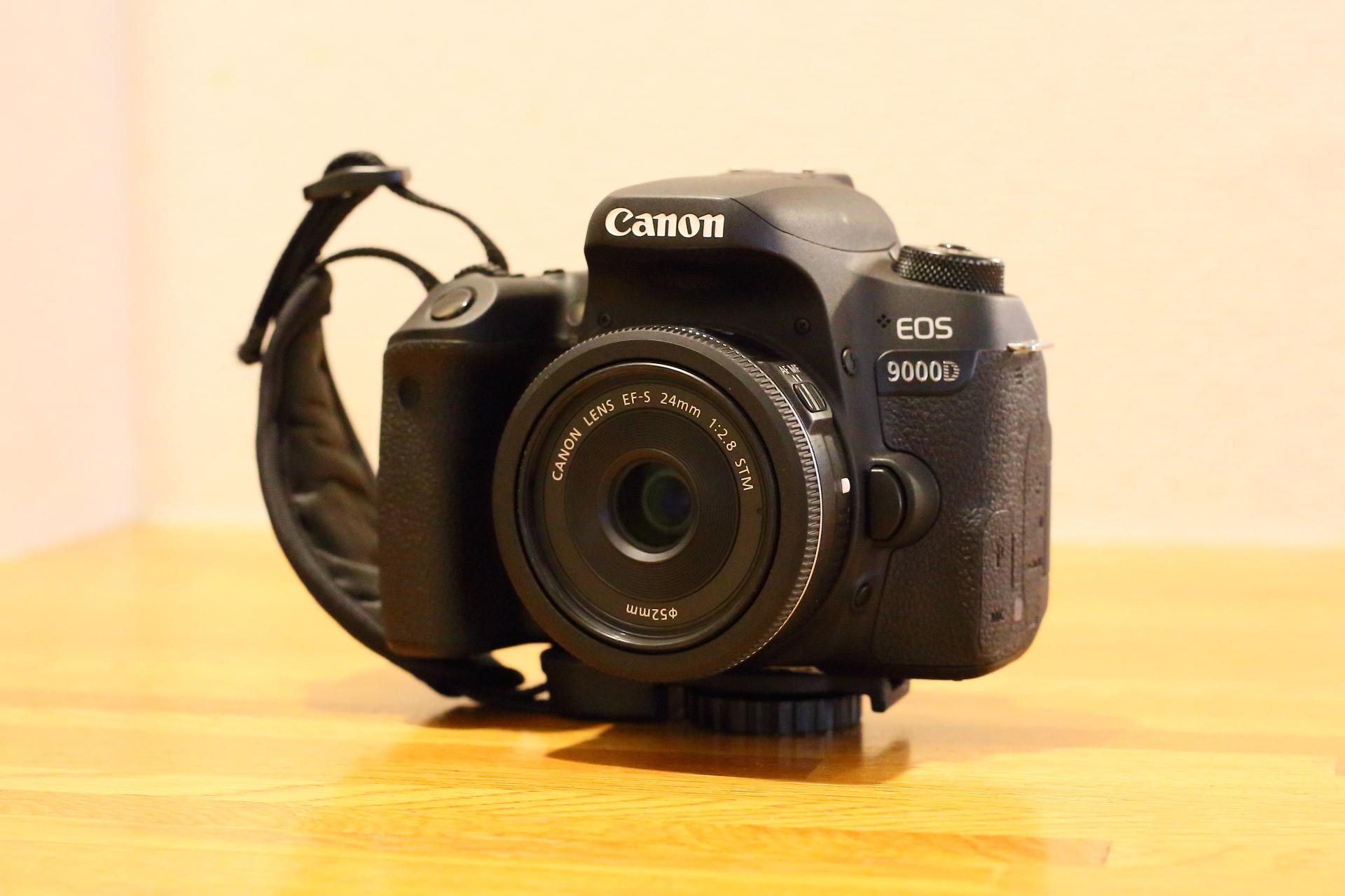 使用カメラ(キャノン EOS9000D 単焦点レンズ EF-S 24mm )全重量:715グラム