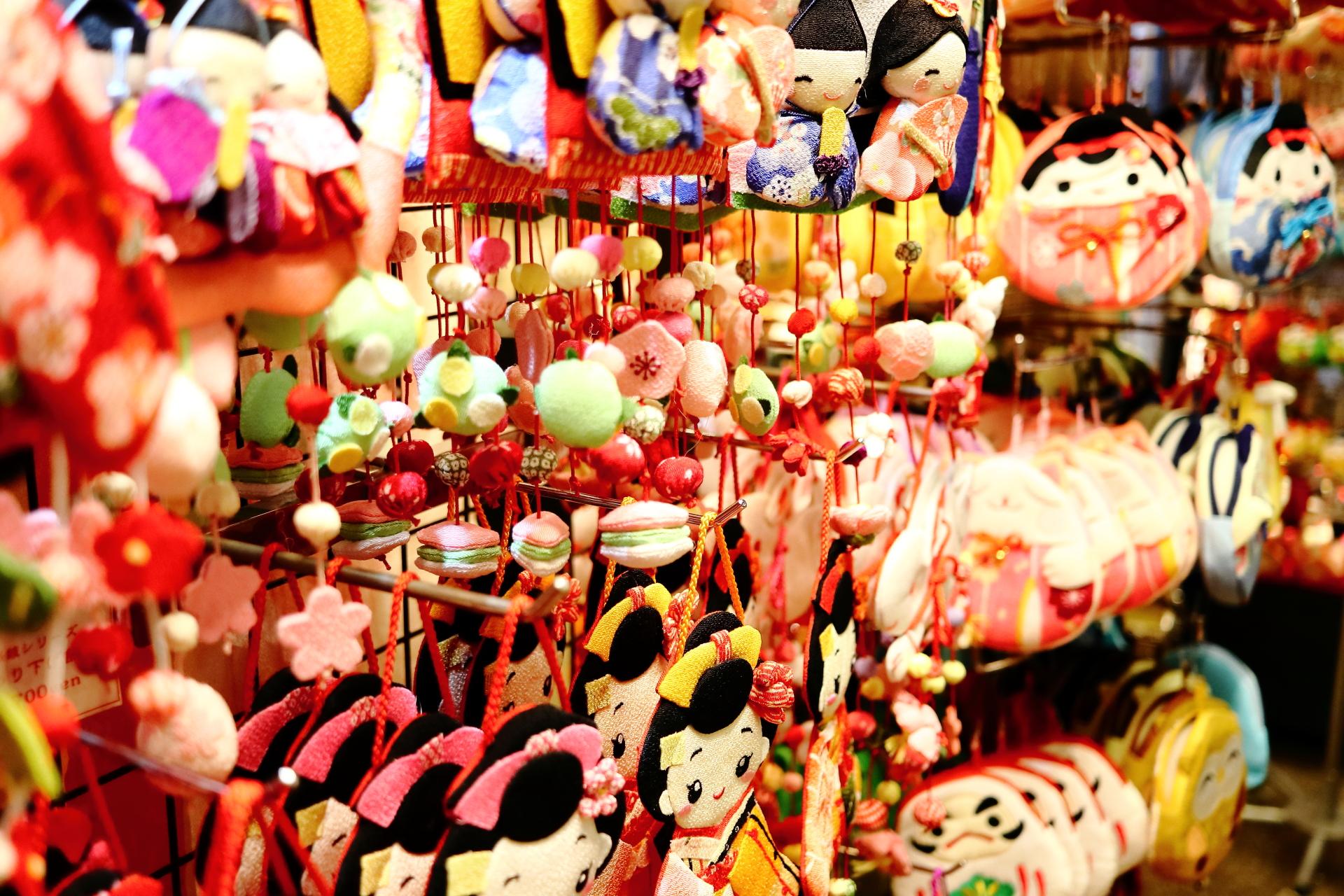 京都・400年の歴史「錦市場」